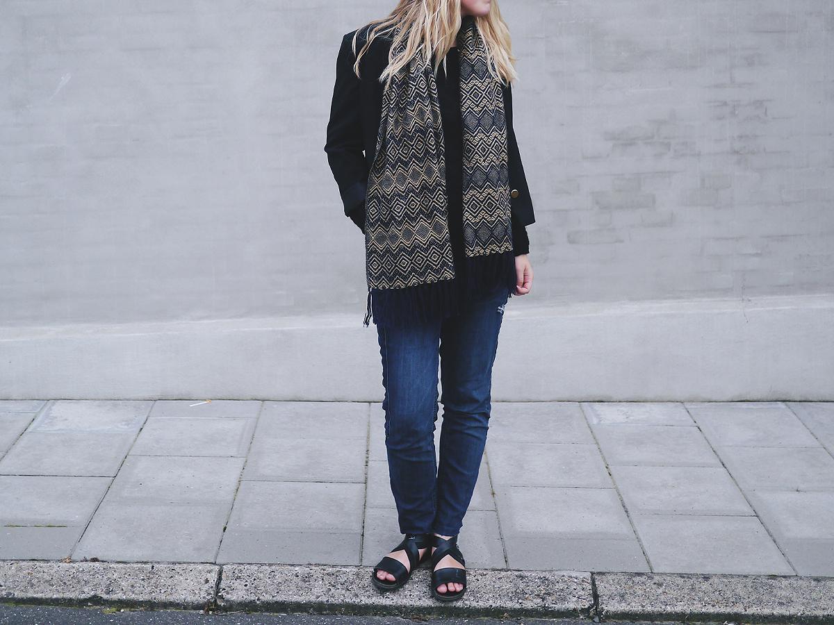 et lånt outfit 2
